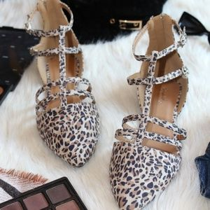 Shoes - 🆕️//The Harlow// Leopard Print caged Flat